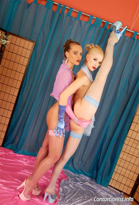 Naked contortion girls