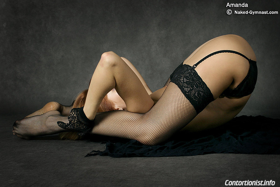 contortionist naked